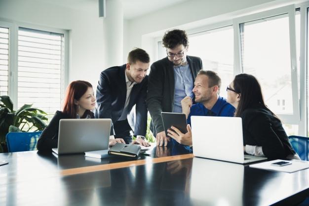 L'importance de l'avocat des affaires dans une entreprise
